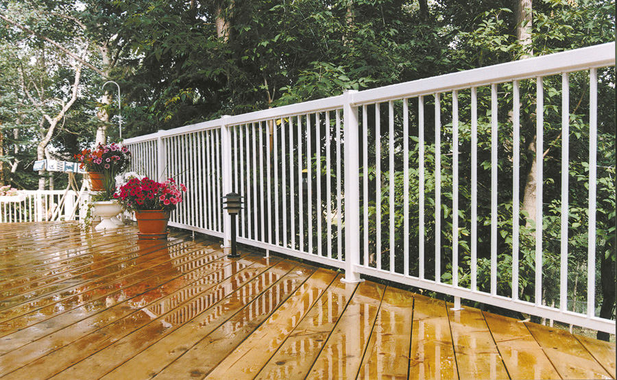 Decks Amp Fences Merrett Home Hardware